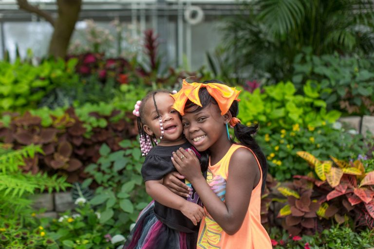 Sisters, Symia and Lamyh Wilson, both liver donation recipients. Read their story here.